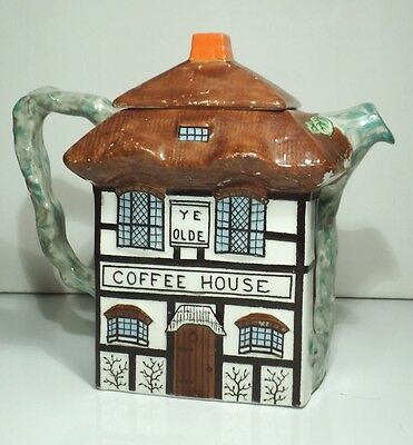 John Maddock & Sons Vitreous Thatched Cottage Ware Ye Olde Coffee House Pot • 5£