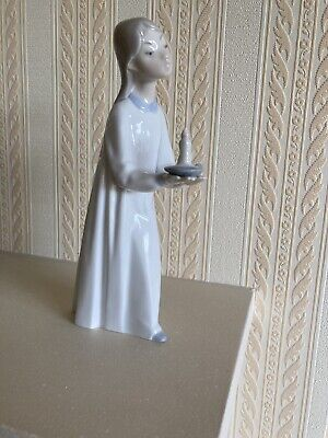Lladro Girl With A Candle - Now Reduced • 9.99£