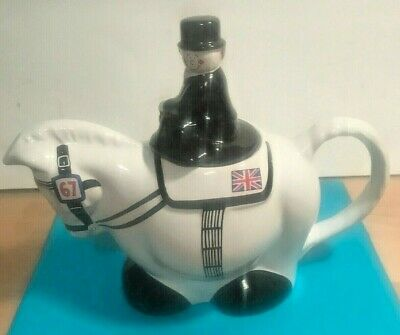 Vintage Wade Dressage Teapot In Very Good Condition. • 15£