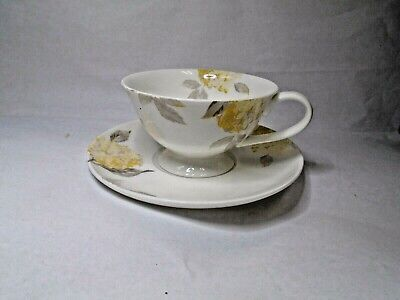 Laura Ashley White Floral Pattern Teacup And Saucer (A16-C)  • 14.99£