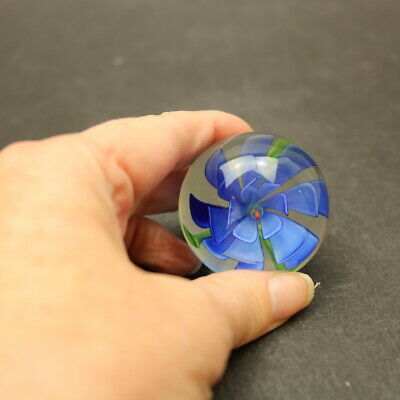 Small Art Glass Paperweight - Blue Flower -Approx. 45mm -Unknown • 4£