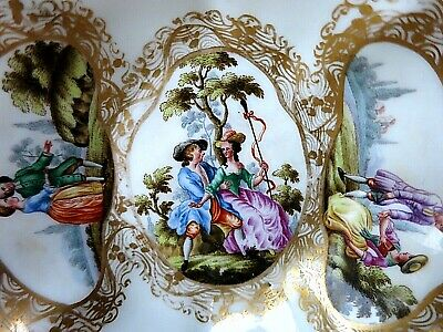 18th Century MEISSEN Porcelain Hand Painted DISH COURTING COUPLE CROSSED SWORDS • 89.99£