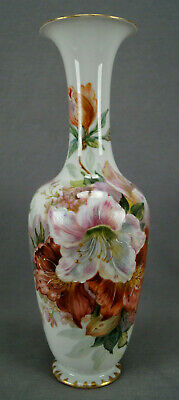 KPM Berlin Hand Painted Weichmalerei Red & White Flowers & Gold 10 3/8 Inch Vase • 1,820.77£