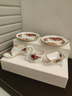5 Pieces Of Royal Albert Old Country Rose  • 12.50£