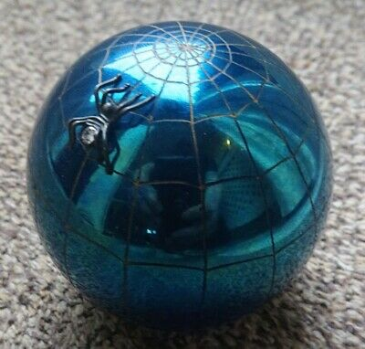 John Ditchfield Spider And Web Glass Paperweight • 60£