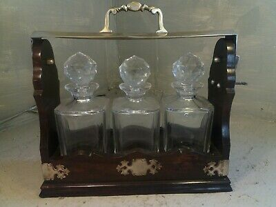 3 Glass Decanter Tantalus  • 175£