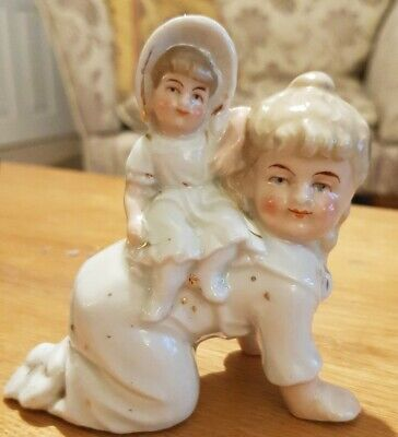 Vintage Hand Painted Bisque Porcelain Piano Baby Girls Playing Piggy Back • 18£