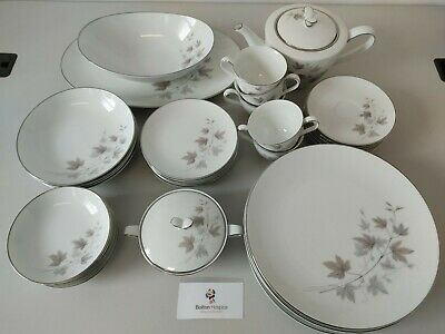 Noritake Dinner Service White With Grey Leaf Pattern #1640 • 5£