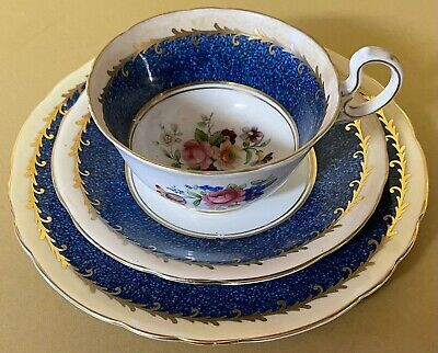 Aynsley Blue Gilt And Floral Trio • 16£