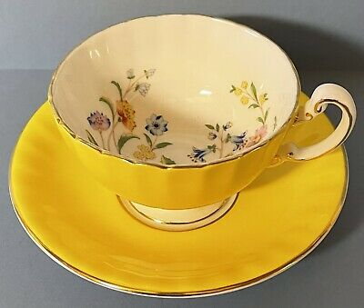 Aynsley Yellow Floral Cabinet Cup And Saucer.. • 15£