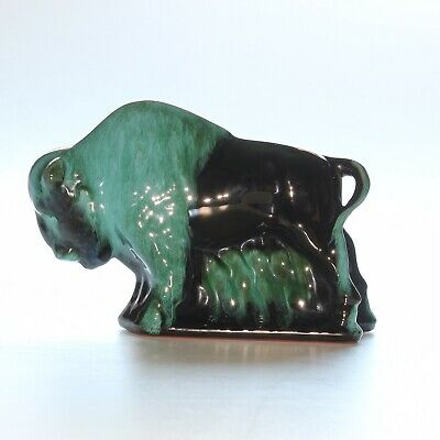 Blue Mountain Pottery, Bison • 20£