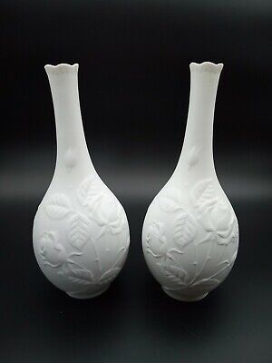 Pair Of Vintage Kaiser (West Germany) White Bisque Vases. • 20£
