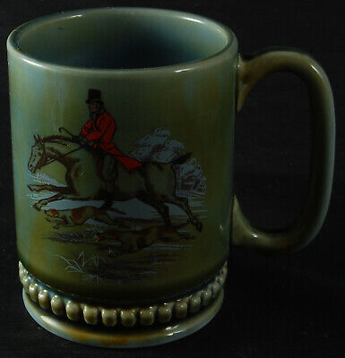 Irish Porcelain Tankard Mug Featuring A Huntsman With Hounds • 8£