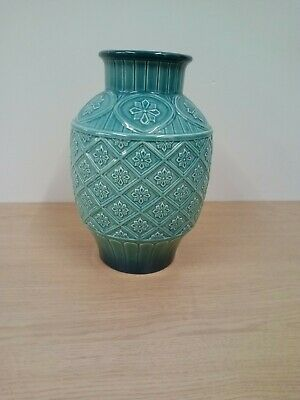 Vintage BESWICK 'Royal Doulton Group' Turquoise Cathay Floral Embossed Vase • 32£