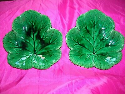 Wedgwood Antique Majolica Green Leaf Dish Plates X 2 Cabbage? • 34.99£