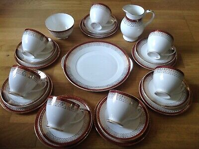 Royal Grafton Majestic Maroon ( 24 Piece Tea Set ) 2nd Quality • 24.99£