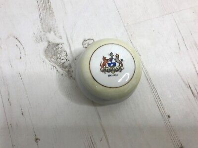 Shaped Lidded Trinket Box On Four Legs   Crested Belfast  Foreign Made • 30£