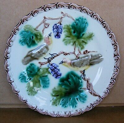George Jones Majolica - Plate With Two Birds On A Branch Eating Grapes C1863  • 19.99£
