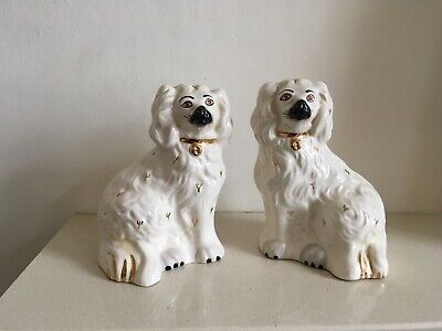 Vintage Pair Of Royal Doulton Flat Back Mantle Piece Wally Dogs In Cream • 32.95£