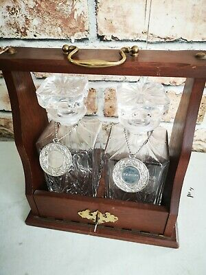 Vintage Two Crystal Decanter Tantalus In Solid Oak Frame With Brass Fittings. • 6£