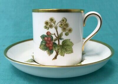 Spode Bone China Cup And Saucer - Made In England - Red Currant Design #683 • 5£