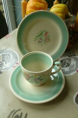 Vintage Susie Cooper Pottery Demitasse Coffee Can Cup Trio Dresden Spray  • 9.99£