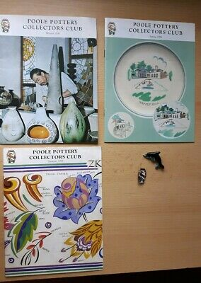 3 Poole Pottery Collectors Club 1990s Brochures & 2 Brooches • 10£