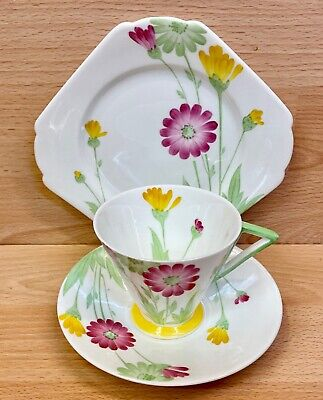 Shelley Eve Shape  Daisies  Pattern 11950 Tea Cup Trio. • 125£