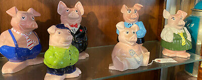 Set Of Six Natwest Pigs  • 220£