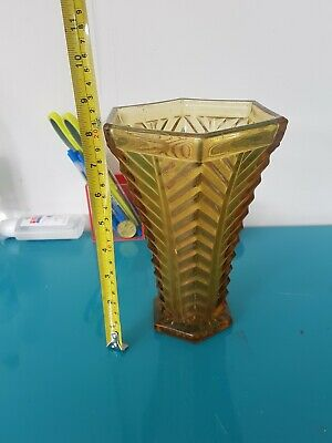 Large Vintage Yellow Glass Vase • 5£