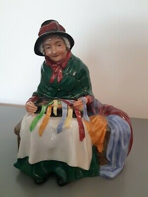 """Royal Doulton """"Silks And Ribbons""""  Figurine Street Vendors Collection • 7.60£"""