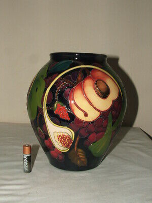 Moorcroft 1 St Class Emma Bossons Queens Choice Impressive Large Vase  Fabulous • 9.99£