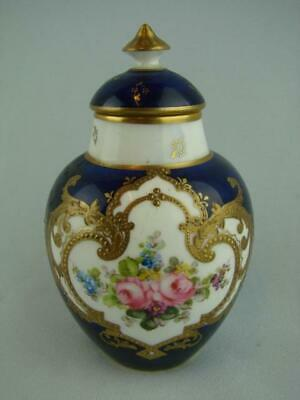 BEAUTIFUL ROYAL CROWN DERBY MINIATURE COVERED VASE, CIRCA 1911, SHAPE No. 1341 • 80£