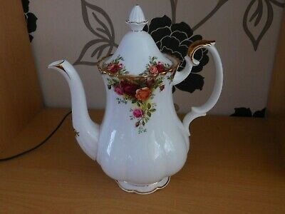 Lovely Royal Albert Old Country Roses Large Coffee Pot • 16.99£