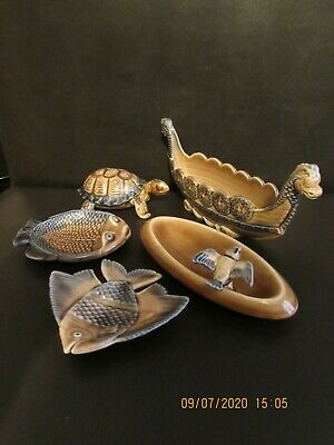Collection Of Wade Whimsies Trays Or Pin Dishes • 12£