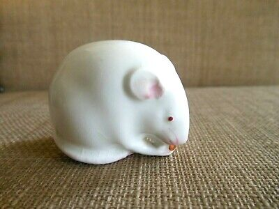 Royal Worcester Netsuke Figure - White Mouse With Pink Highlights Eating A Nut • 175£