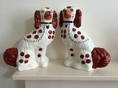 Vintage Pair Of Large Arthur Wood Flatback Mantle Piece Wally Dogs In Cream  • 79.95£