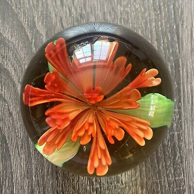 Caithness Glass Of Scotland Paperweight Red Flower Marked CG2 (Unboxed) • 20£