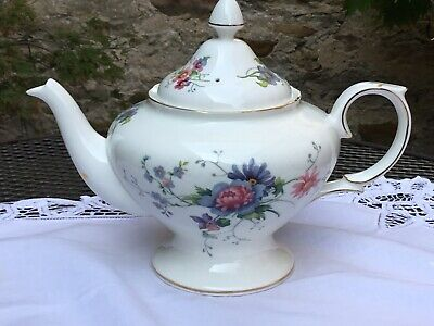 Crown Staffordshire Blue/Pink Flowers China Teapot • 14.99£