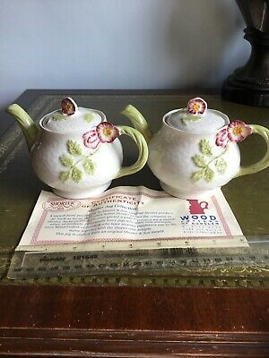 """Staffordshire 3"""" Teapots X 2 With Certificates Hand Painted By Shorter & Son • 7.50£"""