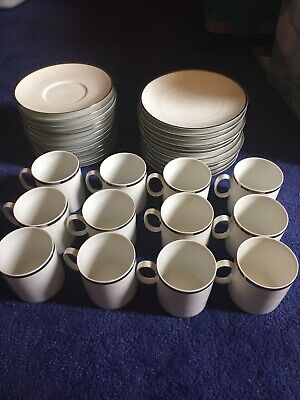 Thomas China  - 36 Pieces - Cups, Saucers, Side Plates - Wide Platinum Band • 52£