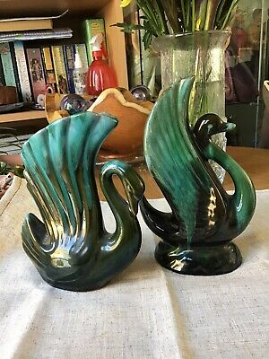 Blue Mountain Pottery Swan Posey Vases  • 3.20£
