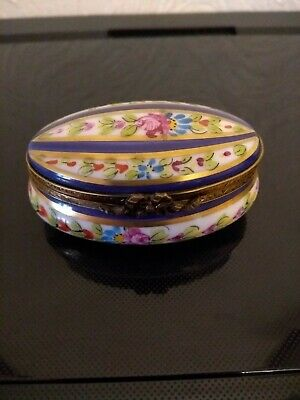 Vintage Limoges Peint Main Trinket Pill Box Hand Painted France • 17.99£