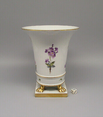 Herend Porcelain Floral Decorated Vase On Claw Feet 6433 • 95£