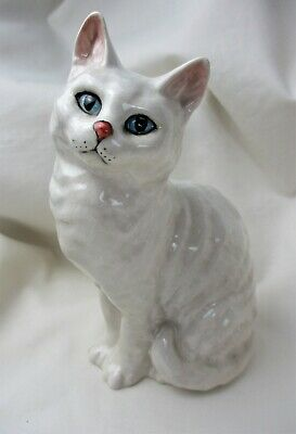 Vintage, BESWICK, England, White, CAT Figurine, #1030,  MINT CONDITION ! • 25.35£