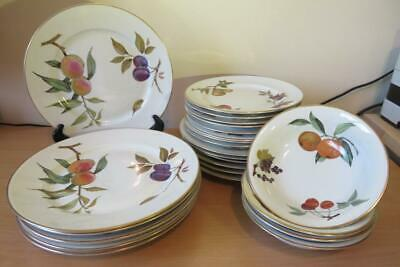ROYAL WORCESTER EVESHAM GOLD TABLEWARE Plates & Bowls FABULOUS COND • 40£