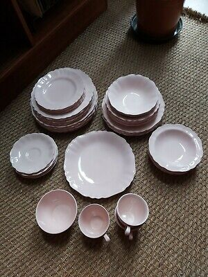 Vintage 50's 60's J&G Meakin Rare Rosa Sol Pale Pink Dinner Service (40 Pieces) • 45.99£