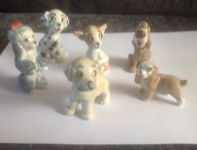 Six Wade Disney Dogs • 25£