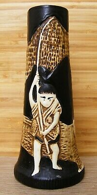Bretby – Majolica Style Vase Oriental Man Catching Fish– No 1809 – Small Damage  • 34.99£