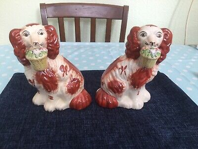 Pair Of Antique Staffordshire Flatback Spaniels With Flower Baskets. • 49.99£